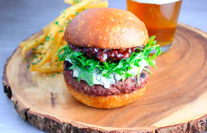 Pubhouse burger with Haliburton bacon & fig compote and gorgonzola cheese spread